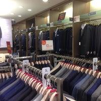 Photo taken at ORIHICA 青葉台東急スクエア店 by Guts Nihonkai on 9/7/2014