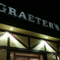 Photo taken at Graeter's Ice Cream by Chuck R. on 11/26/2014