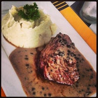 Photo taken at Restaurante It by Rogerio L. on 4/17/2013