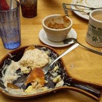 Photo taken at Omelette Parlor by Gavin G. on 9/23/2014