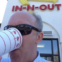 Photo taken at In-N-Out Burger by Chuck W. on 9/29/2016