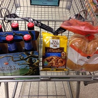 Photo taken at Publix by Julio M. on 2/10/2014