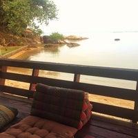 Photo taken at Tharatip Resort by Юля Ш. on 3/16/2015