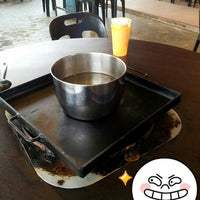 Photo taken at Sanga Steamboat by BH Y. on 9/16/2012