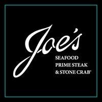Photo taken at Joe's Seafood, Prime Steak & Stone Crab by Erika on 6/13/2014