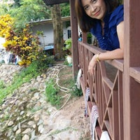Photo taken at Wang Yao Riverside Resort by Apiradee K. on 7/9/2016