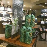 Photo taken at Starbucks by Falcon Darkstar M. on 10/14/2016
