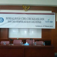 Photo taken at bank bjb by usep b. on 3/27/2012