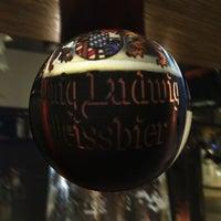Das Foto wurde bei Darwin's Bar von Josef T. am 9/11/2013 aufgenommen