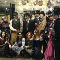Photo taken at Casa del Libro Zaragoza by Jorge F. on 10/31/2012