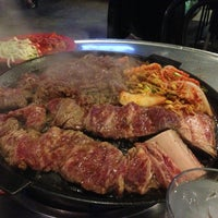 Photo taken at Honey Pig Gooldaegee Korean Grill by Milan 🇪🇸 on 4/14/2013