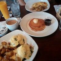 Photo taken at Mimi's Café by Oscar P. on 3/30/2014