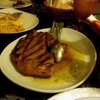 Photo taken at Restaurante - Casa Arouquesa by Rogélio D. on 3/3/2014