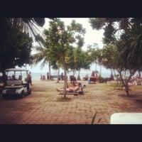 Photo taken at DR Lanta Bay Resort Koh Lanta by 💟 Jere H. on 2/19/2012