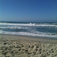 Photo taken at Praia Itamambuca by Tânia D. on 8/12/2012
