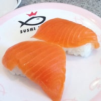 Photo taken at Sushi King by ♠♥♣♦רומיאו♦♣♥♠ . on 2/20/2012