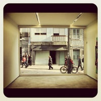 Photo taken at Galeria Fernando Santos by André M. on 4/30/2012