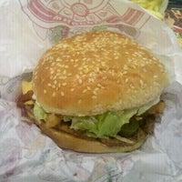Photo taken at Burger King by Leonardo G. on 6/19/2012