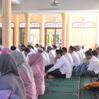 Photo taken at Masjid Al-Maghfirah by ike d. on 2/9/2014