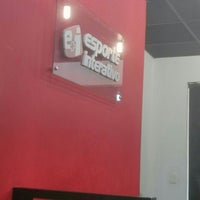 Photo taken at Esporte Interativo by Giordano B. on 9/8/2015
