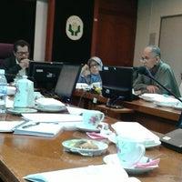 Photo taken at Lembaga Pertubuhan Peladang Negeri Perak by Meor Ismail T. on 3/19/2014