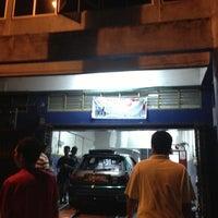 Photo taken at Mael Advan Auto (Dyno Dynamics) by Qaisara R. on 6/20/2013