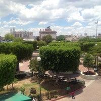 Photo taken at Jardín Niños Héroes by Marce V. on 6/5/2016