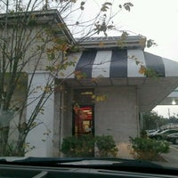 Photo taken at Steak 'n Shake by Robin V. on 11/17/2012