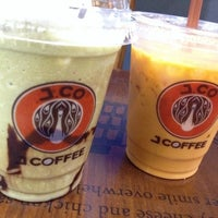 Photo taken at J.Co Donuts & Coffee by ONA on 12/31/2013
