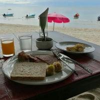 Photo taken at Pariya Resort & Villas Haad Yuan Koh Phangan by Nhing Noey Nicky on 5/22/2016