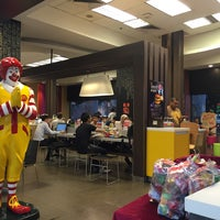Photo taken at McDonald's by albert r. on 8/17/2016