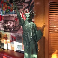 Photo taken at Red Robin Gourmet Burgers by Frank M. S. on 5/15/2016
