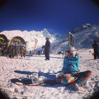 Photo taken at Les Grands Montets by Liliya G. on 2/1/2013