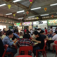 Photo taken at Yong Heng Cafe & Restaurant by Aslinah J. on 2/8/2013