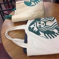 Photo taken at Starbucks by eakmoso on 7/18/2013
