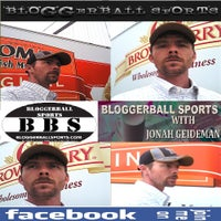Photo taken at BLOGGERBALLSPORTS by Jonah G. on 3/5/2012