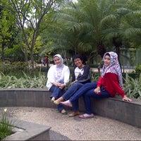 Photo taken at Taman Menteng by Grinda S. on 11/29/2012