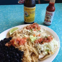 Photo taken at Wahoo's Fish Taco by Vik C. on 2/11/2013