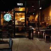 Photo taken at Starbucks by ECrab 🌐🌎🌐 on 11/9/2013