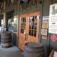 Photo taken at Cracker Barrel Old Country Store by ECrab 🌐🌎🌐 on 8/8/2013