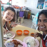 Photo taken at One & One Crispy Roast Duck by Shalini C. on 8/16/2014