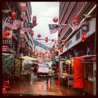 Photo taken at Petaling St. (茨厂街 Chinatown) by J. on 1/11/2013