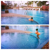 Photo taken at Q House Laddalom Swimming Pool by Alice _. on 5/7/2014