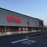 Photo taken at Giant Food Store by Dawn M. on 6/2/2016