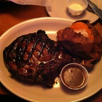 Photo taken at Texas Roadhouse by Tyrone B. on 5/2/2013