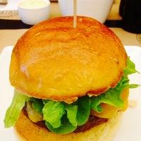 Photo taken at Burger Republic by Manuel H. on 6/17/2014