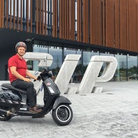 Photo taken at SIP Scootershop by Önder H. on 6/3/2016