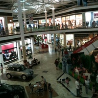 Photo taken at Shopping Campo Grande by Renato L. on 10/30/2012