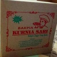 Photo taken at Bakpia Kurnia Sari by Transporter . on 11/1/2015