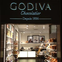 Photo taken at Godiva Chocolatier by Wesley H. on 10/20/2012